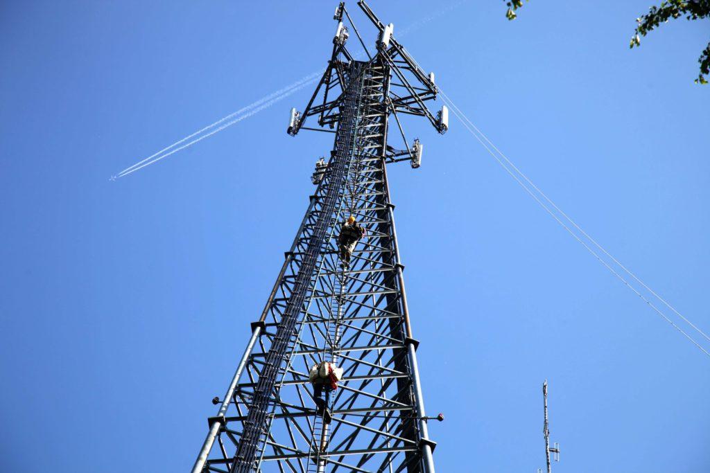Вышки сотовой связи рядом с домом есть ли вред для здоровья